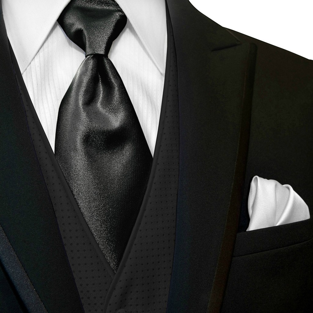 wide_blacktie_and_whitehanky