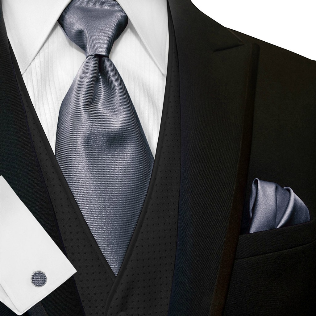 wide_tie_and_hanky_03
