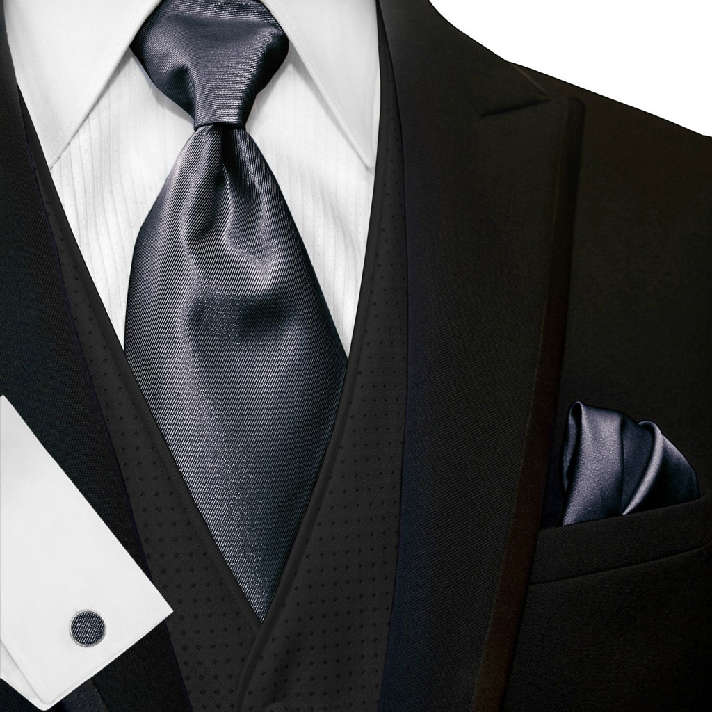 wide_tie_and_hanky_04